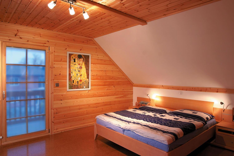 Unsere h user scandinavian blockhaus for Blockhaus innen modern
